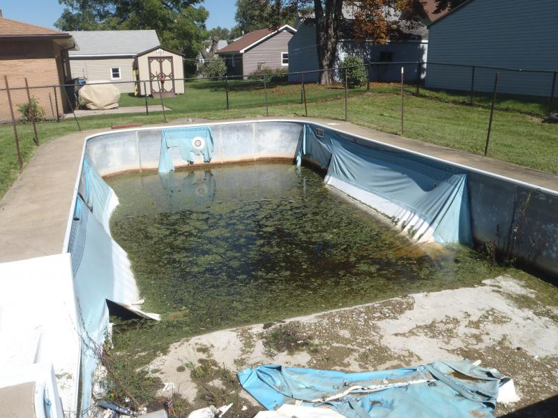 Photo of stagnant swimming pool