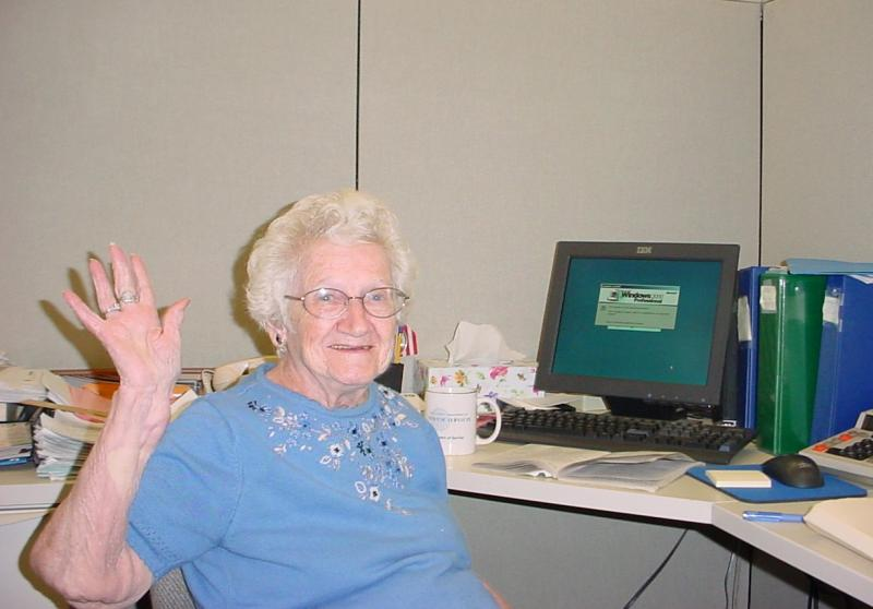 woman 90+ a computer